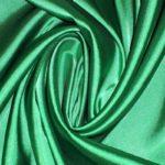 Атлас стрейч тонкий, art. 8001 №82 изумрудный. Состав 92% полиэстер, 8% эластан
