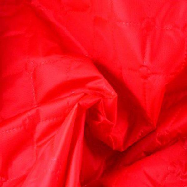 Стеганная подкладка на синтепоне, красная.